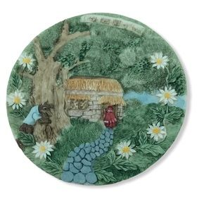 Vintage collector's plate Little Red Riding Hood